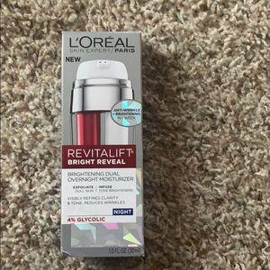 LOreal revitalift bright reveal